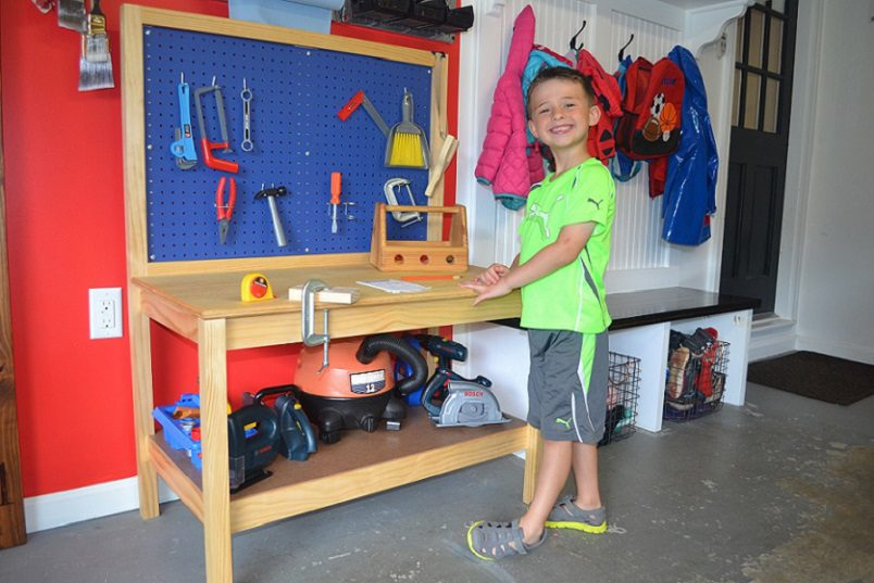 Pleasant Diy Kids Workbench Free Step By Step Build Plans Copewood Frankydiablos Diy Chair Ideas Frankydiabloscom